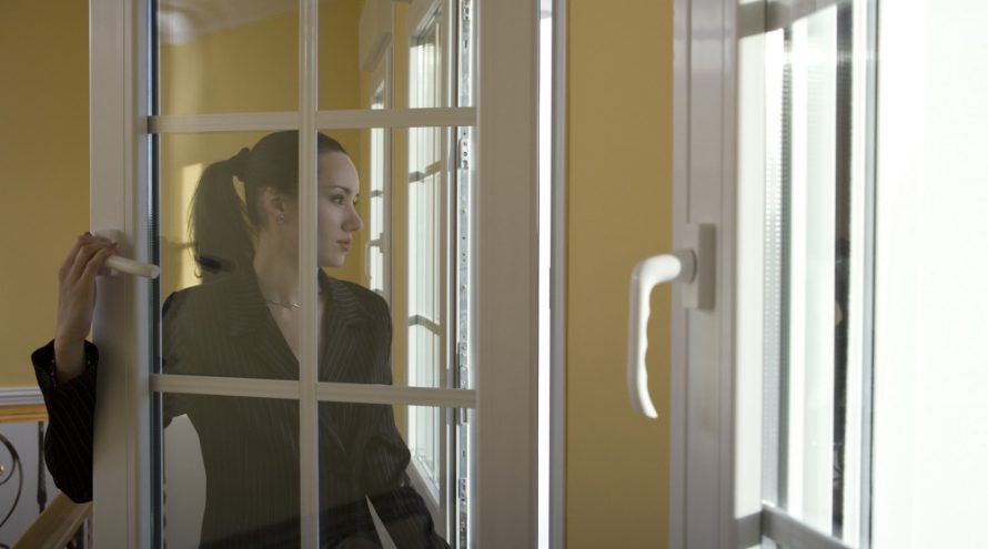 انواع پنجره های رایج در ایران 890x495 - انواع پنجره های رایج در ایران