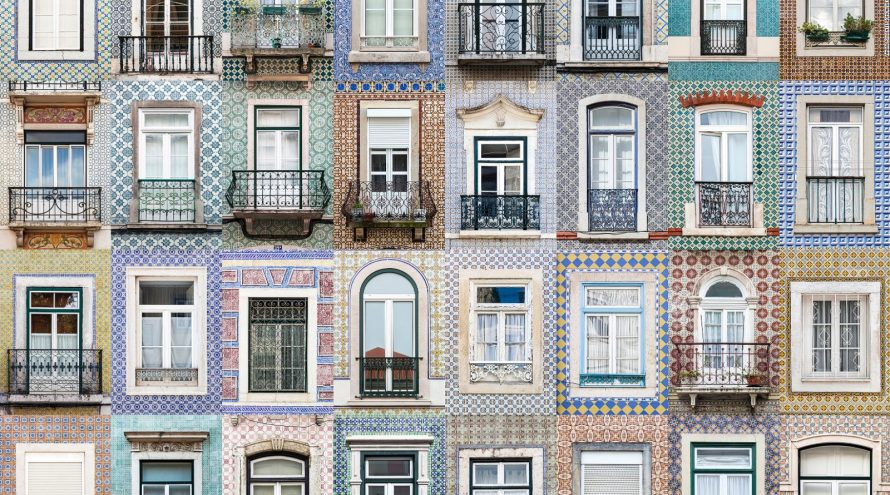 های پنجره دوجداره رنگی و غیر مستطیل 890x495 - طرح های پنجره دوجداره رنگی و غیر مستطیل